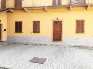 Foto - Trilocale ottimo stato, piano terra, Castelletto Sopra Ticino