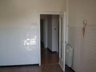 Foto - Quadrilocale ottimo stato, secondo piano, Sestri Ponente, Genova