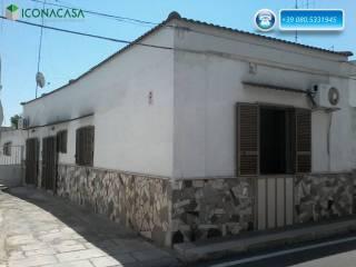 Foto - Palazzo / Stabile, da ristrutturare, Palese, Bari