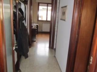 Foto - Quadrilocale da ristrutturare, terzo piano, Villa Lais, Roma
