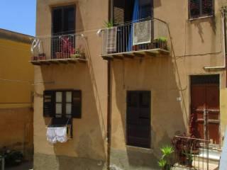 Foto - Palazzo / Stabile due piani, da ristrutturare, Centro città, Agrigento