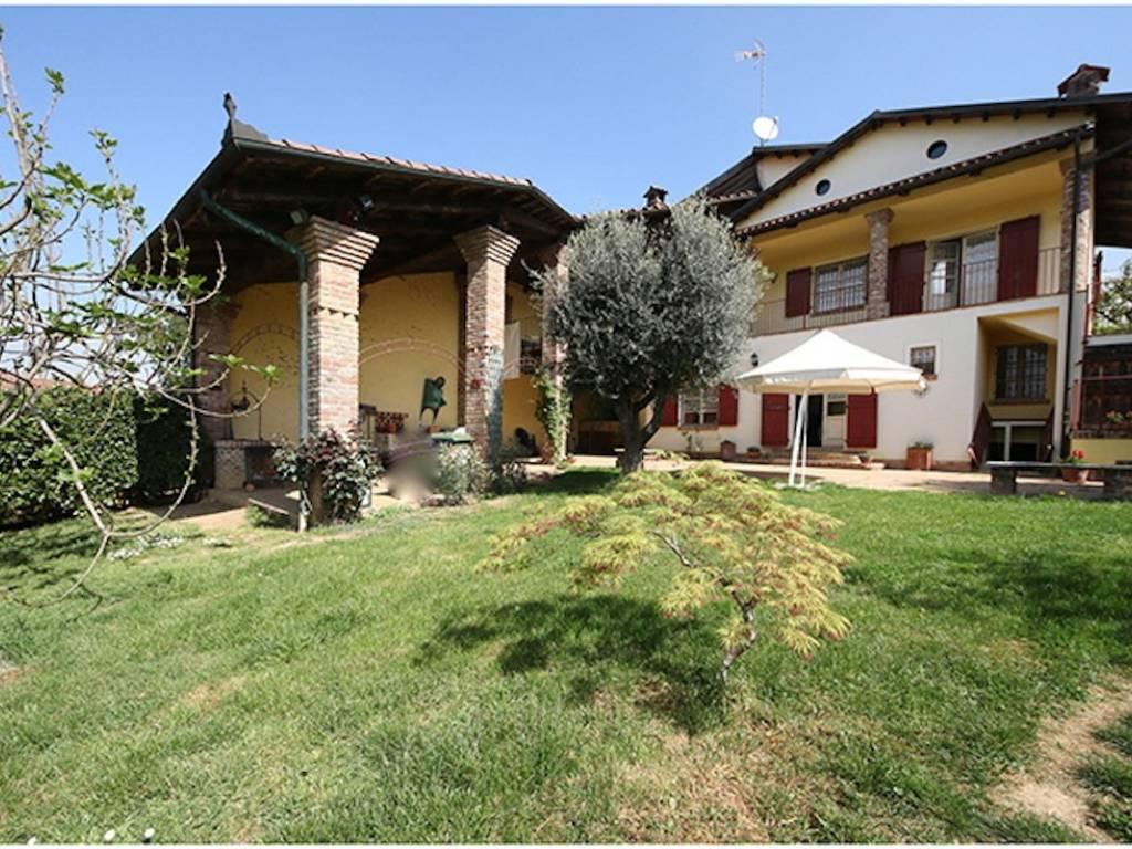 foto Facciata Casa indipendente Strada Canarone, Chieri