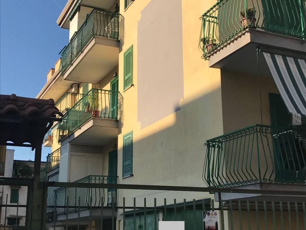 ba3a4a4cb Vendita Appartamento Giugliano in Campania. Bilocale in via Fratelli ...