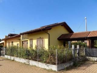 Foto - Trilocale via Moncenisio 84, Avigliana