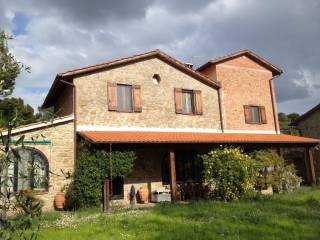 Foto - Rustico / Casale Strada Favorita Rubbiano, Cenerente, Perugia