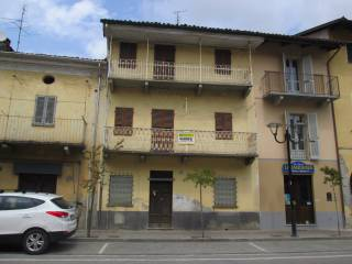 Foto - Palazzo / Stabile via Roma 36, Villafranca Piemonte