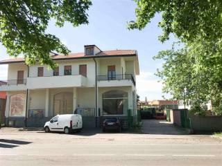 Foto - Casa indipendente 510 mq, ottimo stato, Vittuone