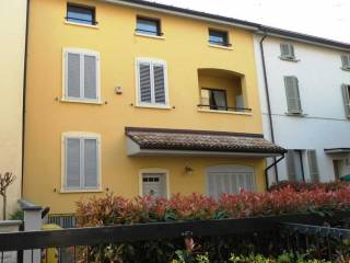 Foto - Casa indipendente via la Spezia, 42, Molinetto, Parma
