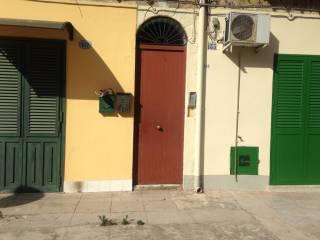 Foto - Trilocale via Principe di Palagonia, Palagonia, Palermo