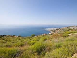 Foto - Terreno edificabile residenziale a Cipressa