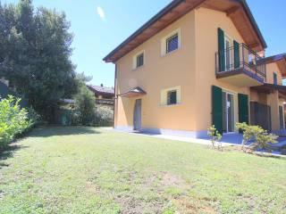 Foto - Villa via Elio Zampiero 1, Camnago Volta, Como