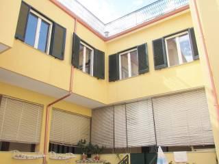 Foto - Palazzo / Stabile due piani, buono stato, Marcianise