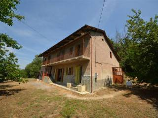 Photo - Farmhouse via Guglielmo Marconi 5, Dogliani