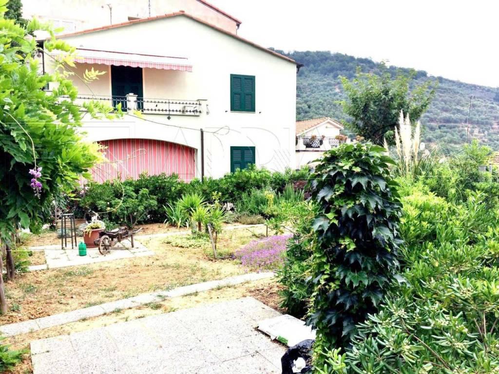 foto Q183 (4).jpg Villa regione San Martino, Taggia