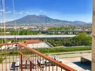 Foto - Trilocale via Giacinto Gigante 27, Casoria