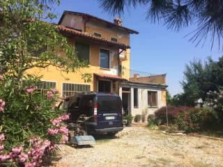 Foto - Casa indipendente via Domenico Rossi 2, Magliano Alpi