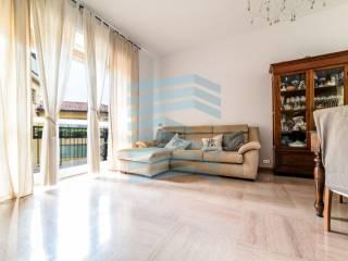 Foto - Trilocale buono stato, terzo piano, Borgo Santa Caterina, Bergamo
