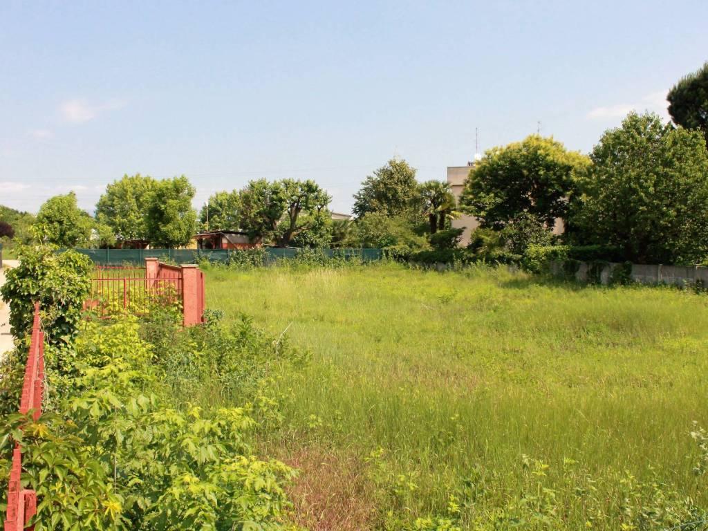 foto  Terreno agricolo in Vendita a Macherio