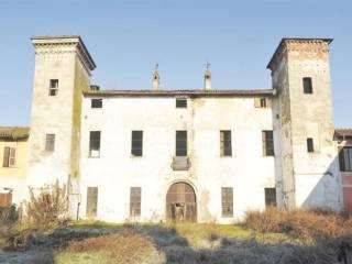 Foto - Palazzo / Stabile, da ristrutturare, Lodi