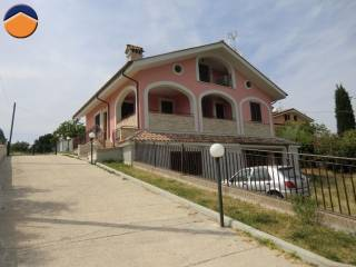 Foto - Trilocale via Farense, 29, Passo Corese, Fara In Sabina