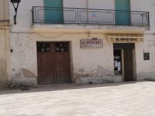 Foto - Palazzo / Stabile due piani, da ristrutturare, Formicola