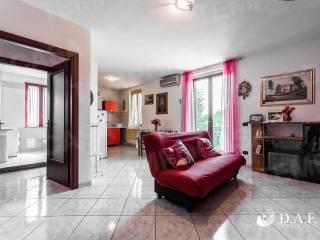 Foto - Appartamento via Zavaroni 2, Correggio