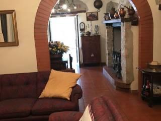 Foto - Villa, da ristrutturare, 220 mq, Colle Umberto I, Perugia