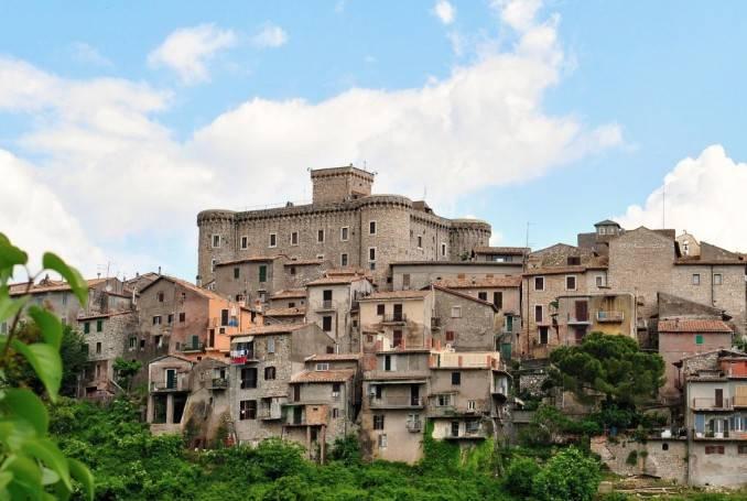 foto  Castle quattro piani, good condition, San Polo dei Cavalieri