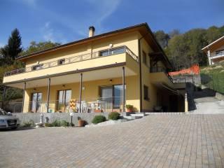 Foto - Villa via Carlazzo 19, Vesetto, Corrido