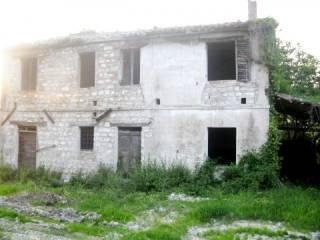Foto - Rustico / Casale, da ristrutturare, 300 mq, Maiolati Spontini