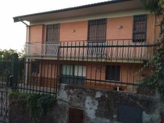 Foto - Villetta a schiera  via Dottore Giuseppe Zappala..., Trecastagni