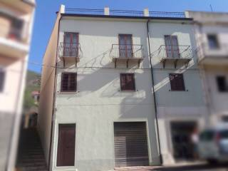 Foto - Palazzo / Stabile via Francesco Petrarca, Arzana