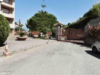 Foto - Quadrilocale buono stato, secondo piano, Santissima Annunziata, Messina