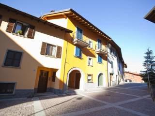 Foto - Bilocale piazza Pozzo, Onore