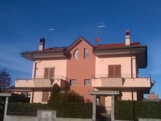 Foto - Villa, ottimo stato, 210 mq, Oleggio