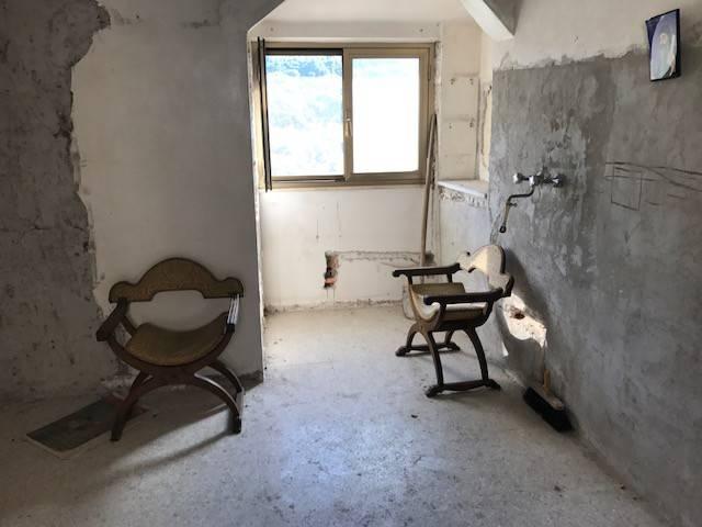foto  Casa indipendente via Giuseppe Garibaldi 63, Capistrello