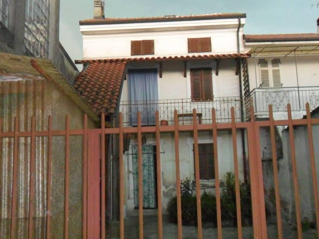foto  Rustico via Santa Liberata, Tricerro