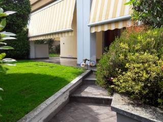 Foto - Trilocale via Lavezzari 48, Cermenate