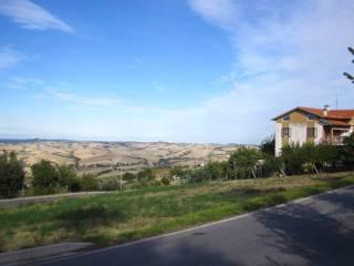 Foto - Terreno edificabile residenziale a Montecarotto