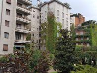 Foto - Appartamento buono stato, primo piano, Milano