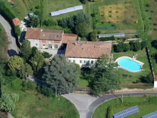 Foto - Palazzo / Stabile tre piani, ottimo stato, Arliano, Lucca