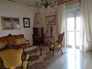 Foto - Quadrilocale buono stato, secondo piano, San Cataldo