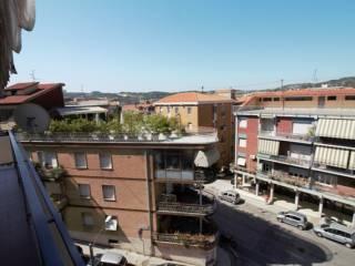 Foto - Quadrilocale ottimo stato, ultimo piano, regione Marche, Ancona