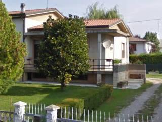 Foto - Villa via Croce 18, Luzzara