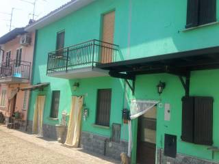 Foto - Casa indipendente 95 mq, da ristrutturare, Gerenzago