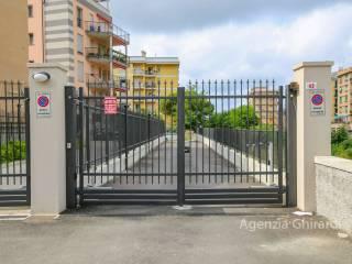Foto - Box / Garage via Pier Domenico da Bissone 62r, Sestri Ponente, Genova