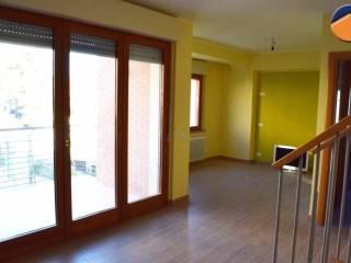 Foto - Trilocale via Scuola della Torretta, 99, Centro città, L'Aquila