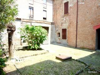 Foto - Palazzo / Stabile via Giuseppe Garibaldi, Centro Storico, Ferrara