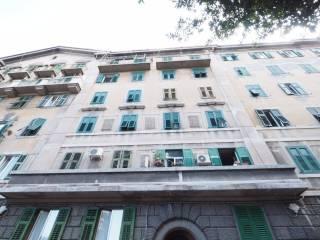 Foto - Trilocale da ristrutturare, terzo piano, San Giusto, Trieste