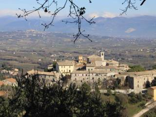 Foto - Terreno edificabile residenziale a Giano dell'Umbria